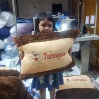 BANTAL PUNGGUNG PINGGANG TRAVELING BONEKA TAZMANIA TASMANIA COKLAT
