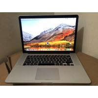 Macbook Pro Retina 15 2013 Core i7 8GB SSD 256 Nvidia Mulus Like New