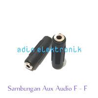 - Sambungan Jack Aux Audio Stereo Female To Female Hita - Sambungan audio