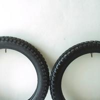 Ban Semi Trail ring 17 uk 300 d/b (Scrambler Japstyle)