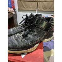 Sepatu basket Adidas ADIZERO DERRICK ROSE Special Edition Original
