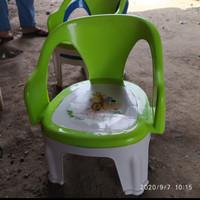 bangku sender plastik/kursi anak