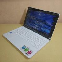 Laptop Asus 12 E202S