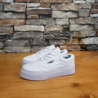 Sepatu anak laki laki perempuan Vans oldskool full white. Kd-163