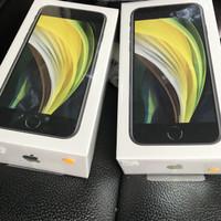 Iphone SE Gen 2nd 64GB black garansi resmi ibox