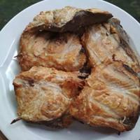 Frozen daging ikan manyung asap iwak mayung khas Jawa Tengah
