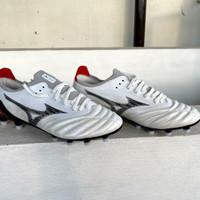 Sepatu Bola Mizuno Morelia Neo 3 Beta Leather White Black MD