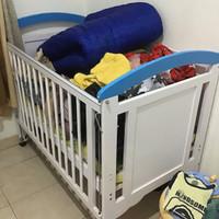 box bayi kayu bekas
