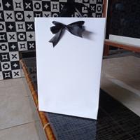 Paper Bag Kertas Art Cartoon 190 GSM Tali Pita Kupu-kupu