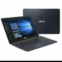 Laptop Asus 14 E402Y