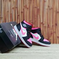 Sepatu Anak Perempuan Nike Air Jordan 1 High Black Pink White