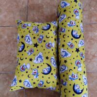 Set Bantal & Guling Kapuk Motif Doraemon