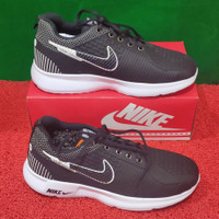 Sepatu Nike Terbaru Dan Terlaris Warna Hitam Kombinasi putih