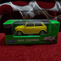 Diecast Welly Mini Cooper Yellow