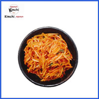 kimchi lobak & wortel slice 500 g dibuat oleh chef korea