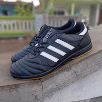 Sepatu Adidas Futsal Big Size 44-46