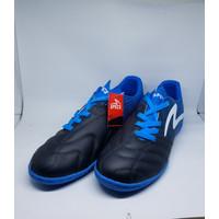 Sepatu Olahraga Futsal Specs Equinox In 400772 Black/Tulip Blue/White