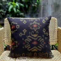 Sarung Bantal sofa 45cm X 45cm Tenun Ikat Supreme Black