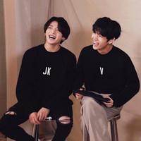 Kaos T-shirt BTS Lengan Panjang JK V JM RM J SG JH
