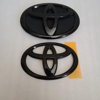 logo grill Avanza calya warna hitam glossy