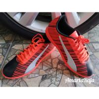 Sepatu Futsal Puma One 5.4 Original Orange Hitam
