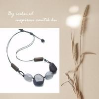 Kalung Tali Panjang Wanita Bandul Batu Manik Necklace Premium Unik