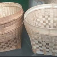 Tenggok Jamu Gendong/ Bakul Nasi Kerajinan Bambu