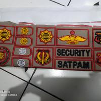 atribut satpam