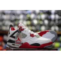 Sepatu Sneakers casual pria murah nike jordan retro 4 putih merah