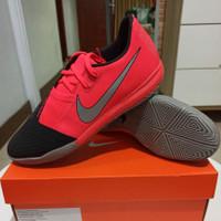 Sepatu Futsal Nike Phantom Venom Academy IC Size 41 BNIB Original