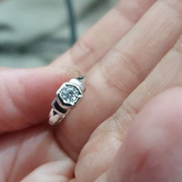 cincin bayi anak newborn mas putih mata satu 75% 750 emas asli