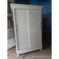 Lemari pakaian 2 pintu sliding warna putih cat duco bahan kayu mahoni