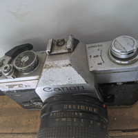 camera jadul , canon ftb, lensa FD 50mm f 1.8, antik
