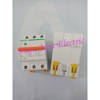 MCB Schneider 3 P Phase 3P Domae Circuit Breaker 40 A Ampere Amper 40A