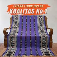 Kain Tenun Ikat Blanket Troso Jepara Songket Ungu Motif NTT