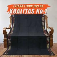 Kain Tenun Ikat Blanket Hitam Motif Toraja NTT