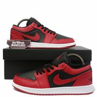 Sepatu Sneakers Nike Air Jordan Retro 1 Low Reverse Bred Black Red