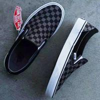 Sepatu Vans slip on Checkboard Catur kotak Original premium BNIB 36-43