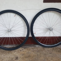 wheelset 700c / ws araya 713 dan hub intro7 lowflang