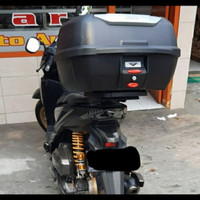Box Motor Top Box Givi E-43 Adventure + Bracket Honda Vario-125 /150
