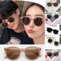 Kacamata Hitam Wanita / Pria Model Korea Retro Frame Bulat Fashion