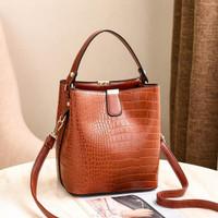 P1116 Tas Selempang Wanita Import Fashion Simple Elegan Korea Style