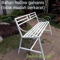 Kursi taman / teras dari besi model minimalis harga murah