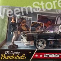 Die Cast 1:24 CatWoman & 1959 Cadillac Coupe Deville [JADA]