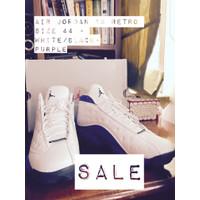 Sepatu Sneakers basket - Nike - Air Jordan Retro 13 Lakers - Size 45