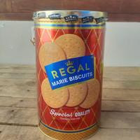 Marie Regal Biscuits Special Kaleng 1kg / Biskuit Marie kaleng 1kg