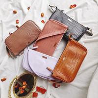 Alivelovearts Carrie Shoulder Bag Wanita