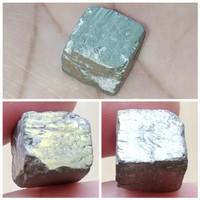 Bahan / Rough Batu Akik Natural Badar Emas / Pyrite Persegi Kotak