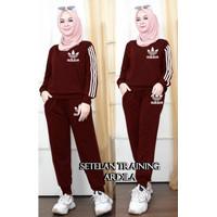 stelan training listdas/baju senam wanita terbaru/baju olahraga wanita