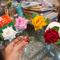 Tusuk Konde Atau Hiasan Sanggul Bunga Mawar Kecil Cantik